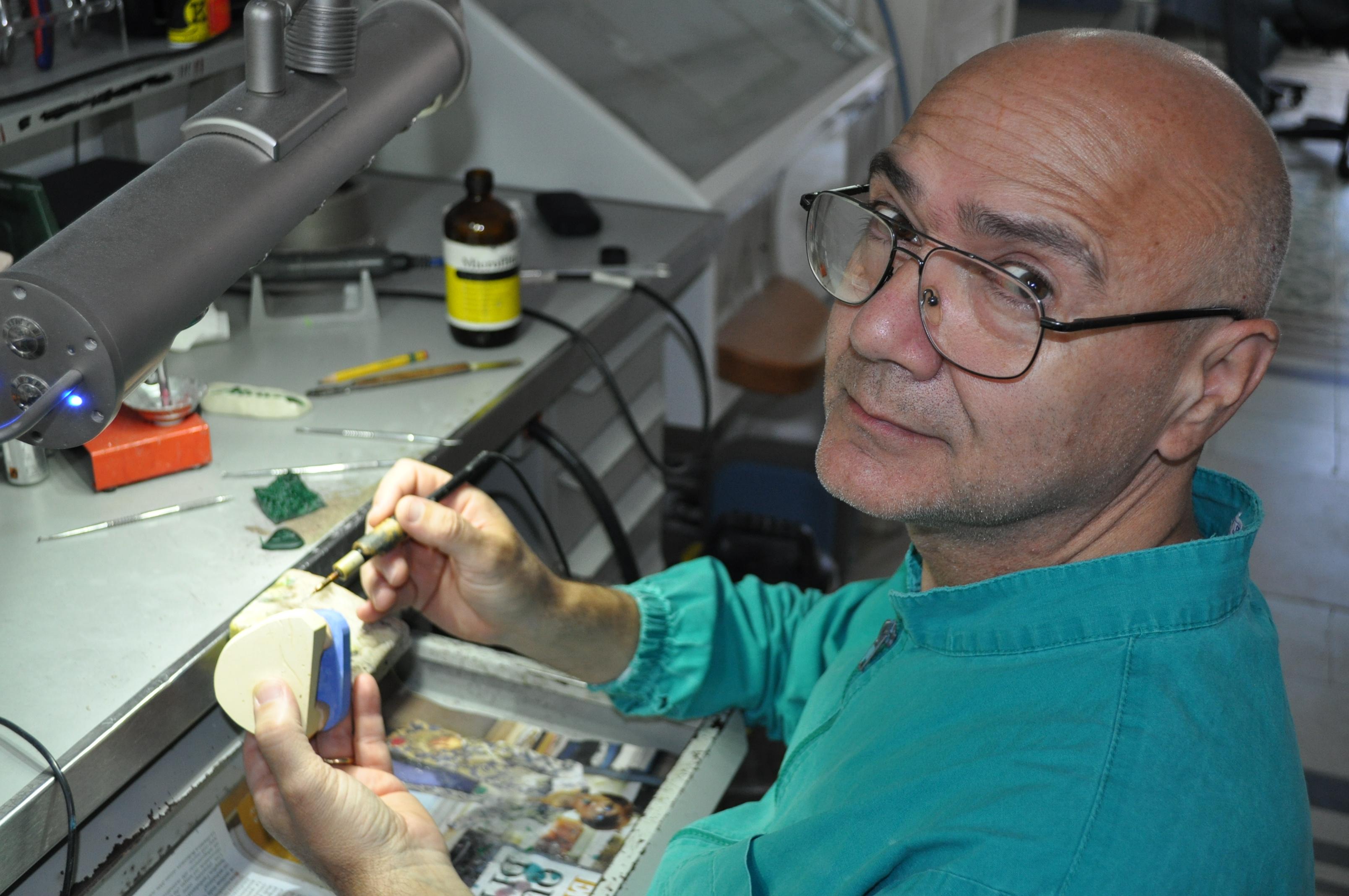 lom Carlo Vitulano Odontotecnico